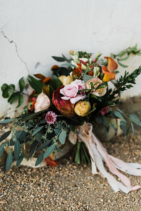 Olivas-Adobe-spanish-inspired-shoot-florals