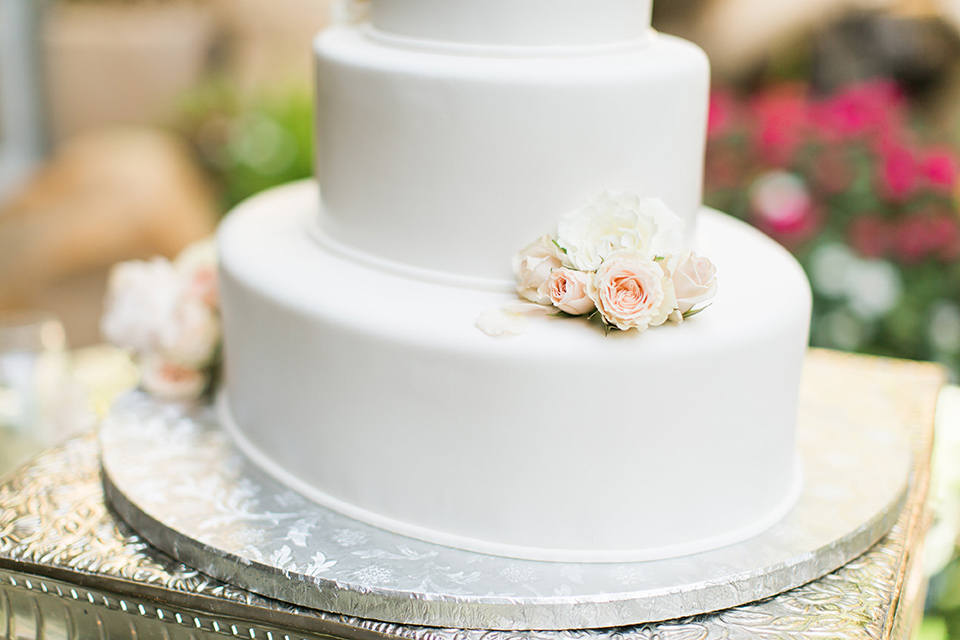 tropical-wedding-at-the-grand-tradition-cake