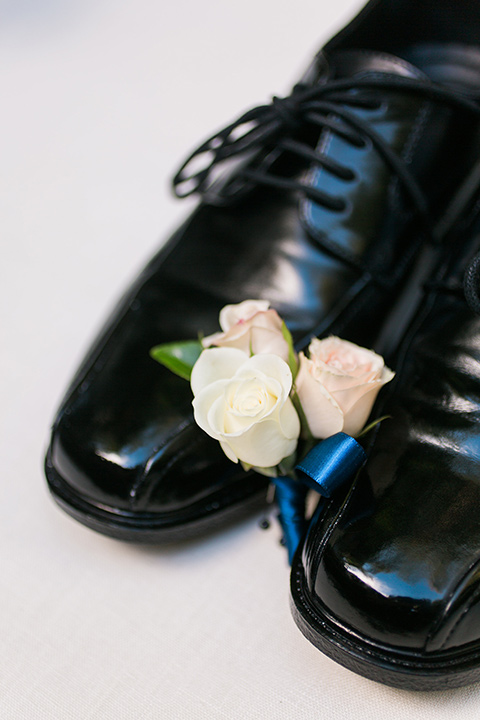 tropical-wedding-at-the-grand-tradition-groom-shoes