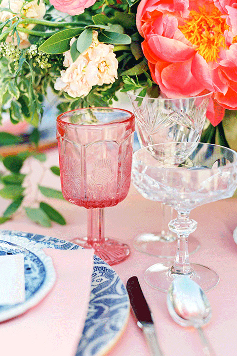 whispering-rose-shoot-table-decor
