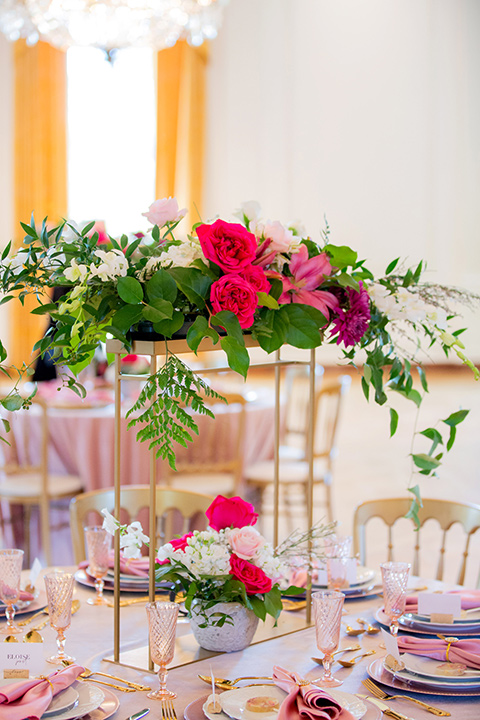 pink linens and gold decor