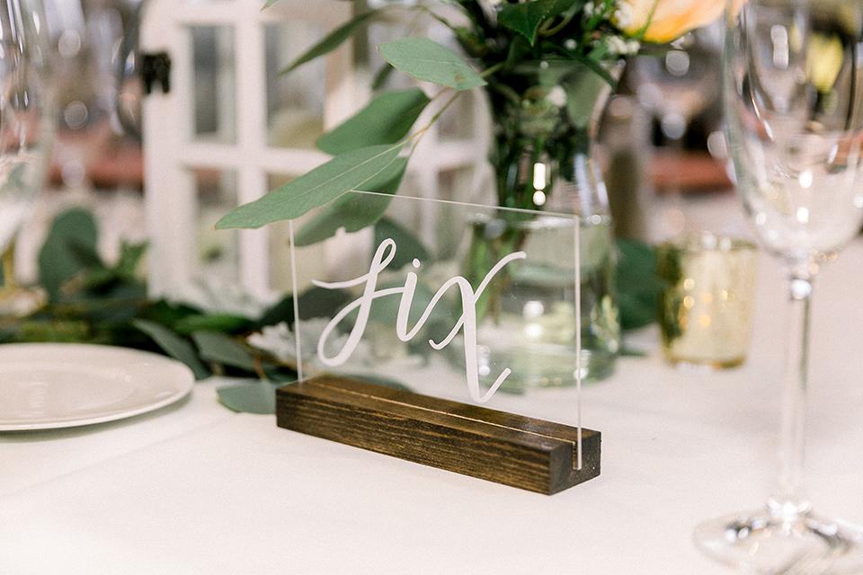 table scape décor and flatware