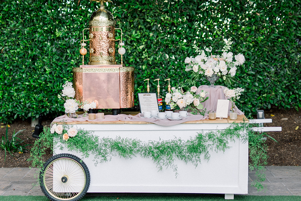 cake and dessert tables