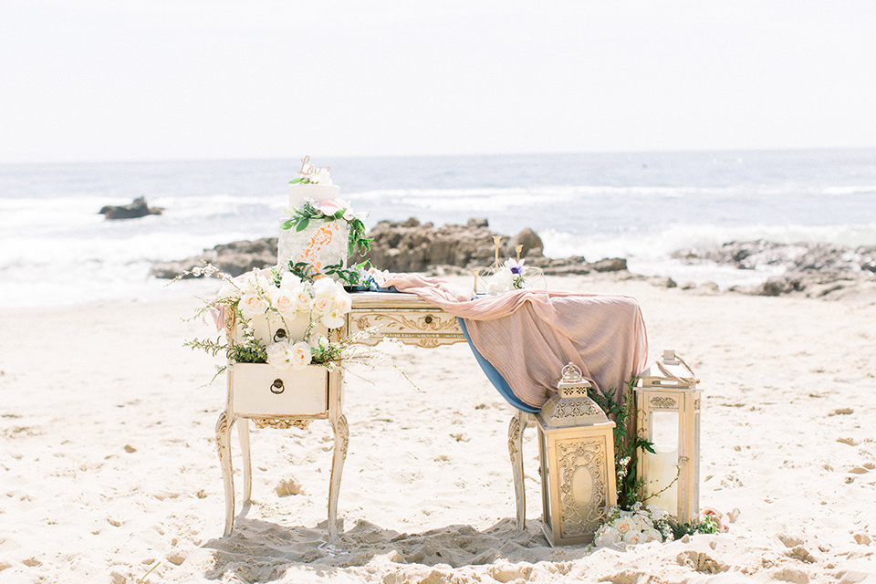 reception décor on the sand