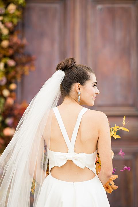 lemon inspired wedding design – bridal hair in a high bun