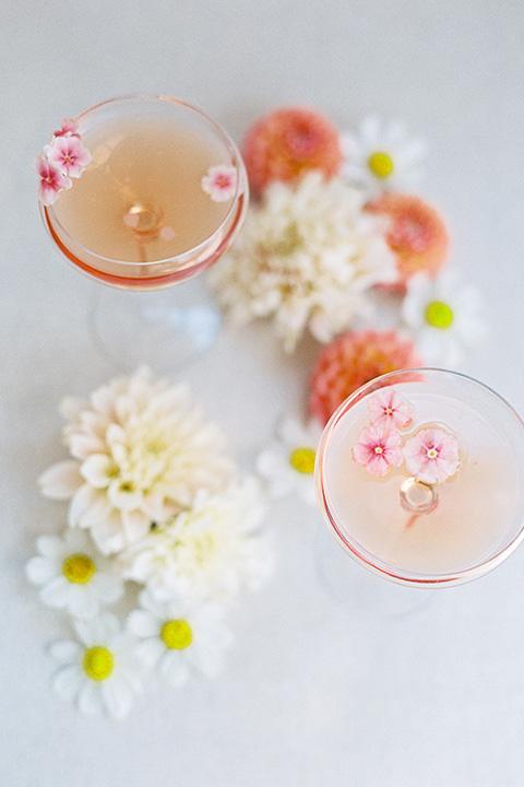 building 177 romantic coral wedding – cocktails