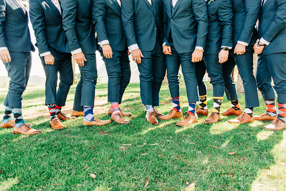 my groomsmen live in different states, now what do I do?  my groomsmen live in different states, how does that work? Renting suits for my groomsmen out of state