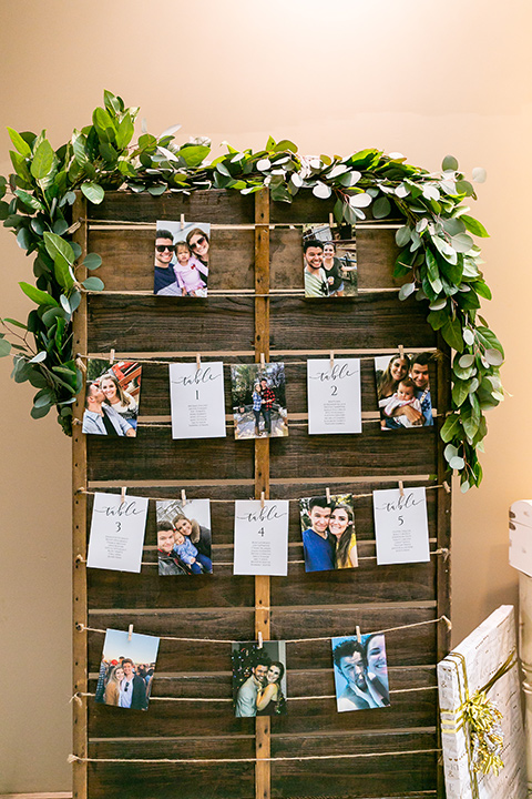 blue and red rustic garden wedding – decor