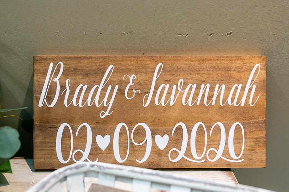 garden California floral wedding – wooden sign