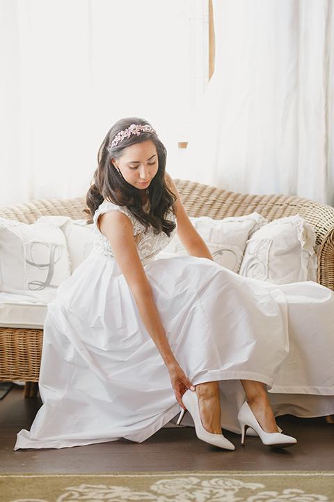 red and blue farmhouse wedding – bride
