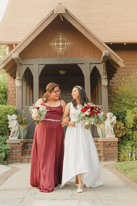 red and blue farmhouse wedding – bride and bridesmaids